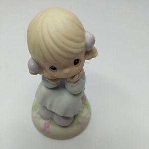 Vintage 1996 Precious Moments Ceramic Doll Girl Y